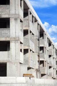 Lakásépítésbe is foghatunk a lakáshitellel