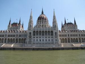 Lakáshitelezés Magyarországon