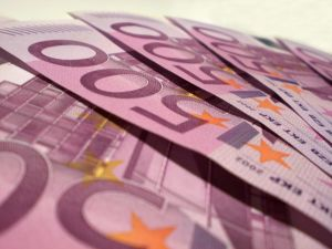Lakáshitel fizetése 250 forintos euro-árfolyamon